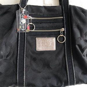 Coach classic black poppy hand bag purse